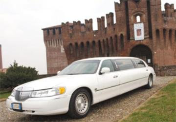 Immagine Ford lincoln Fleetwood Limousine